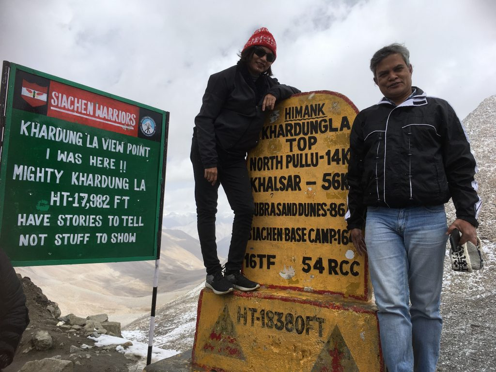 Customary Khardung La photo
